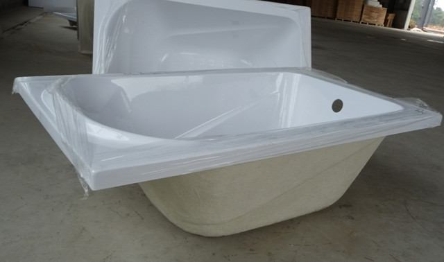 Smallest bathtub 1000mm 39 inch for Narrow deep soaking tub