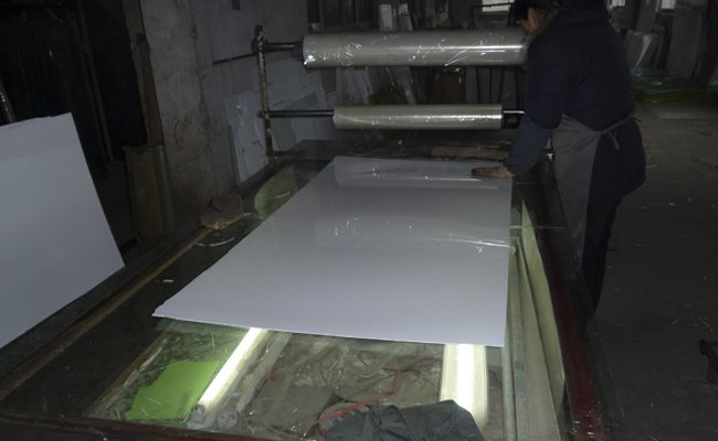 Cast acrylic sheet manufacturing process for Steel bath vs acrylic