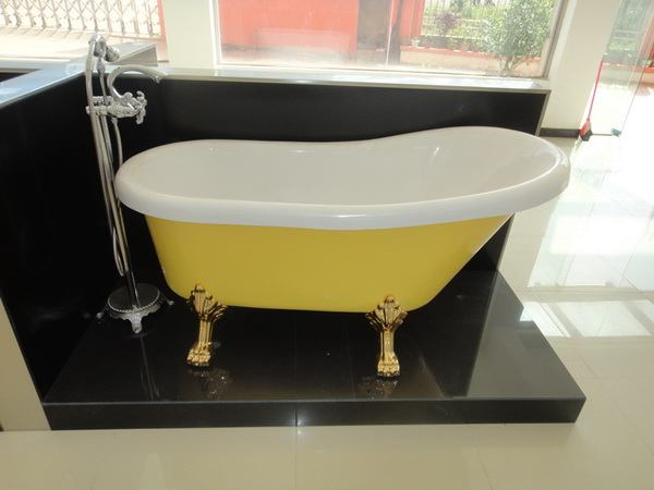 55 inch acrylic slipper clawfoot bathtubs in yellow color