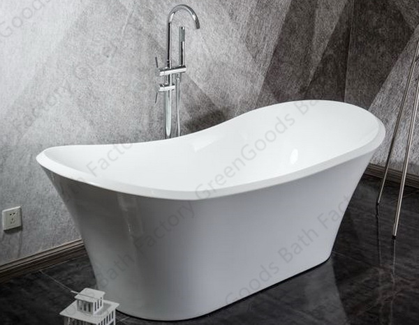 Roll top freestanding bath tub with freestanding tub faucet