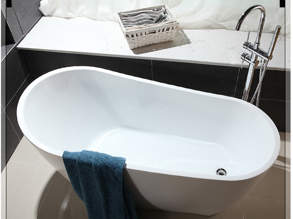 Why are the freestanding slipper tubs making a comeback for Drop in tub vs freestanding