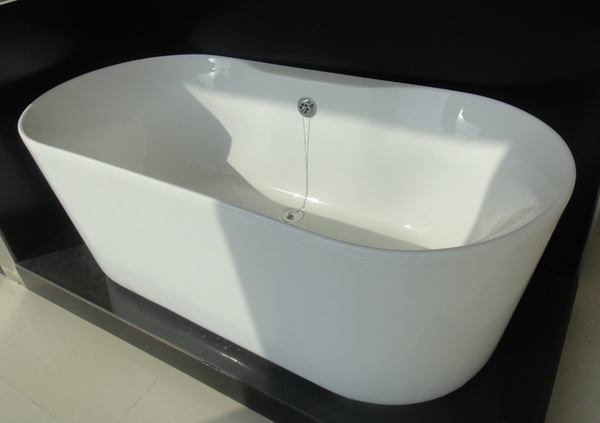 freestanding soaking tub without faucet drilling