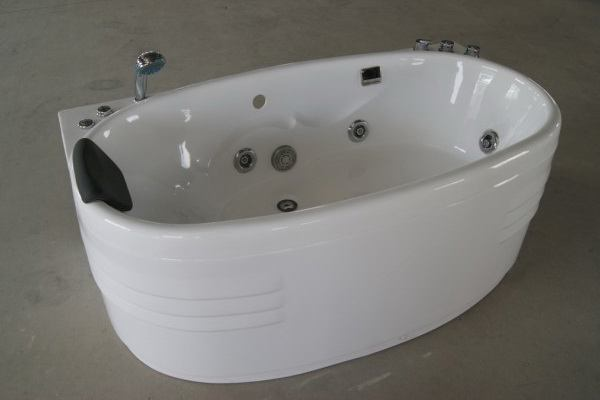 "Oval Bathtub | Oval Whirlpool Tubs | 1500 x 830 x 620 mm | 59"" x"
