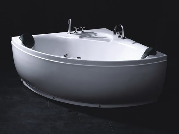 Corner Spa Bath Tubs 1300 X 1300 X 620 Mm 51 2 Quot X 51 2